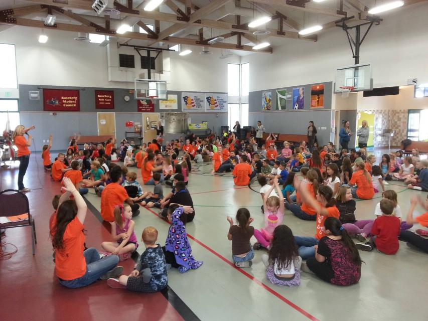 Roseville High School Dancing Fete came to perform and to teach our Kaseberg Hawks some great dance moves